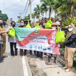 Kesbangpol Banten Berbagi Dan Peduli Sesama Atasi Dampak Covid-19