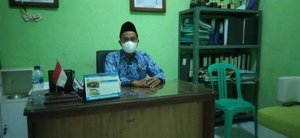 Wujudkan Desa Sejahtera, Pemdes Puser Laksanakan Pemagaran TPU Dan Jembatan.